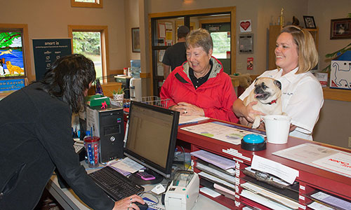 Grand Rapids Veterinary Clinic offers an in-house pharmacy.